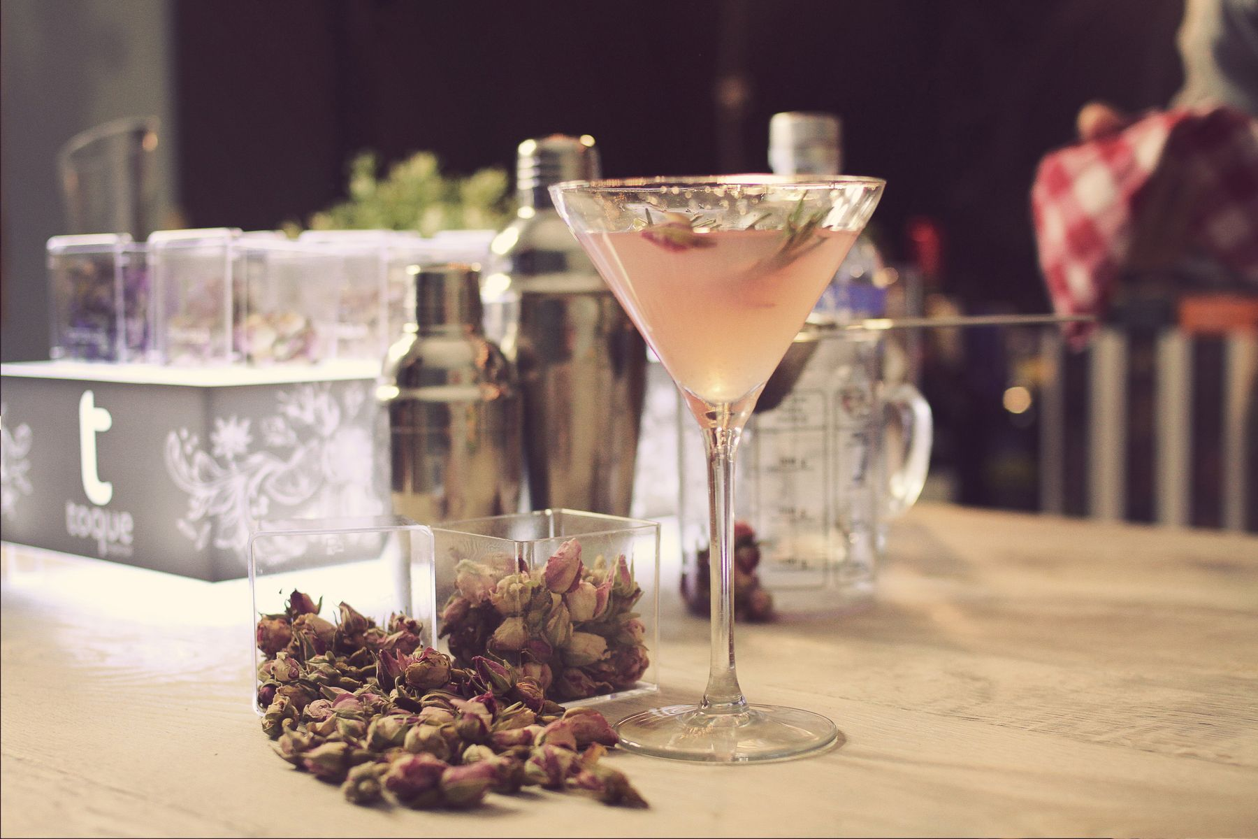 Gin and Tonic Spices - Persian Roses