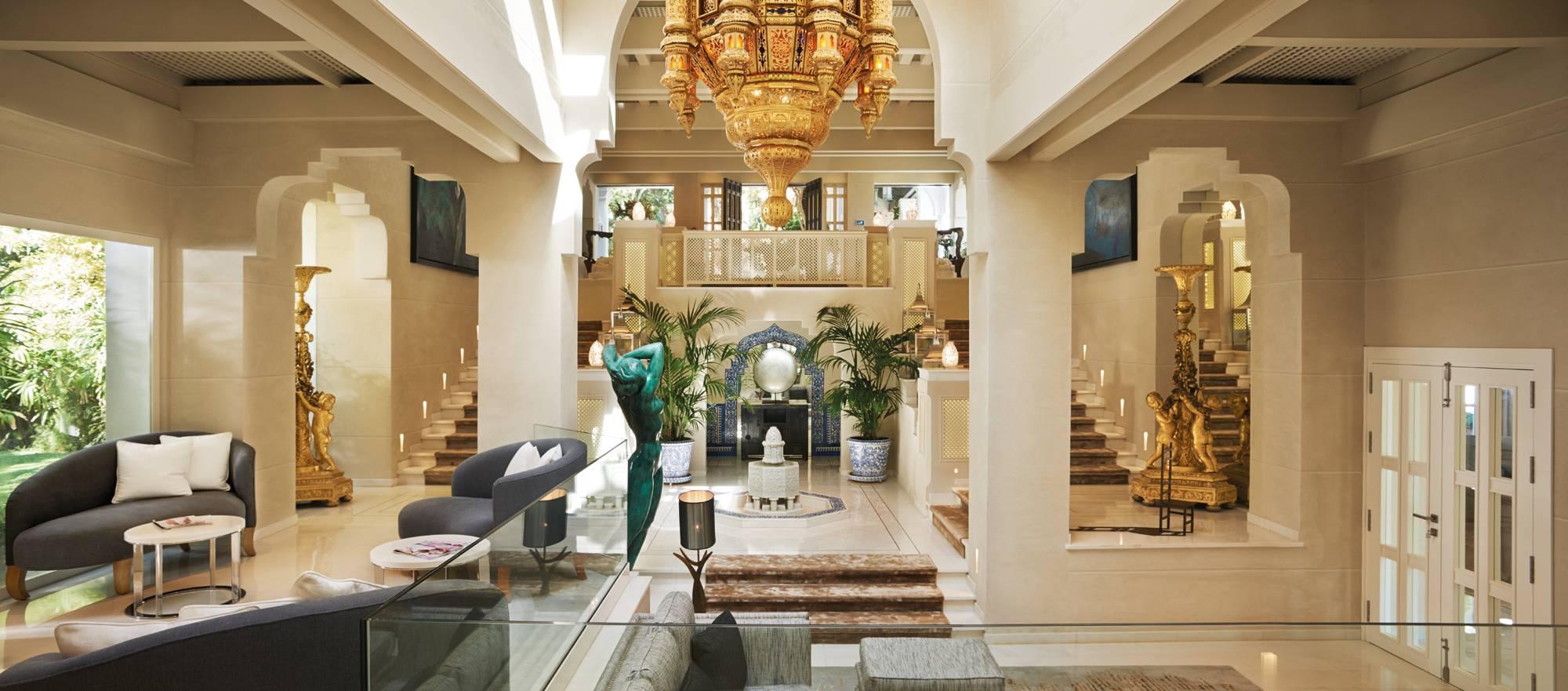 Marbella Club Villa del Mar - Entrance Inside