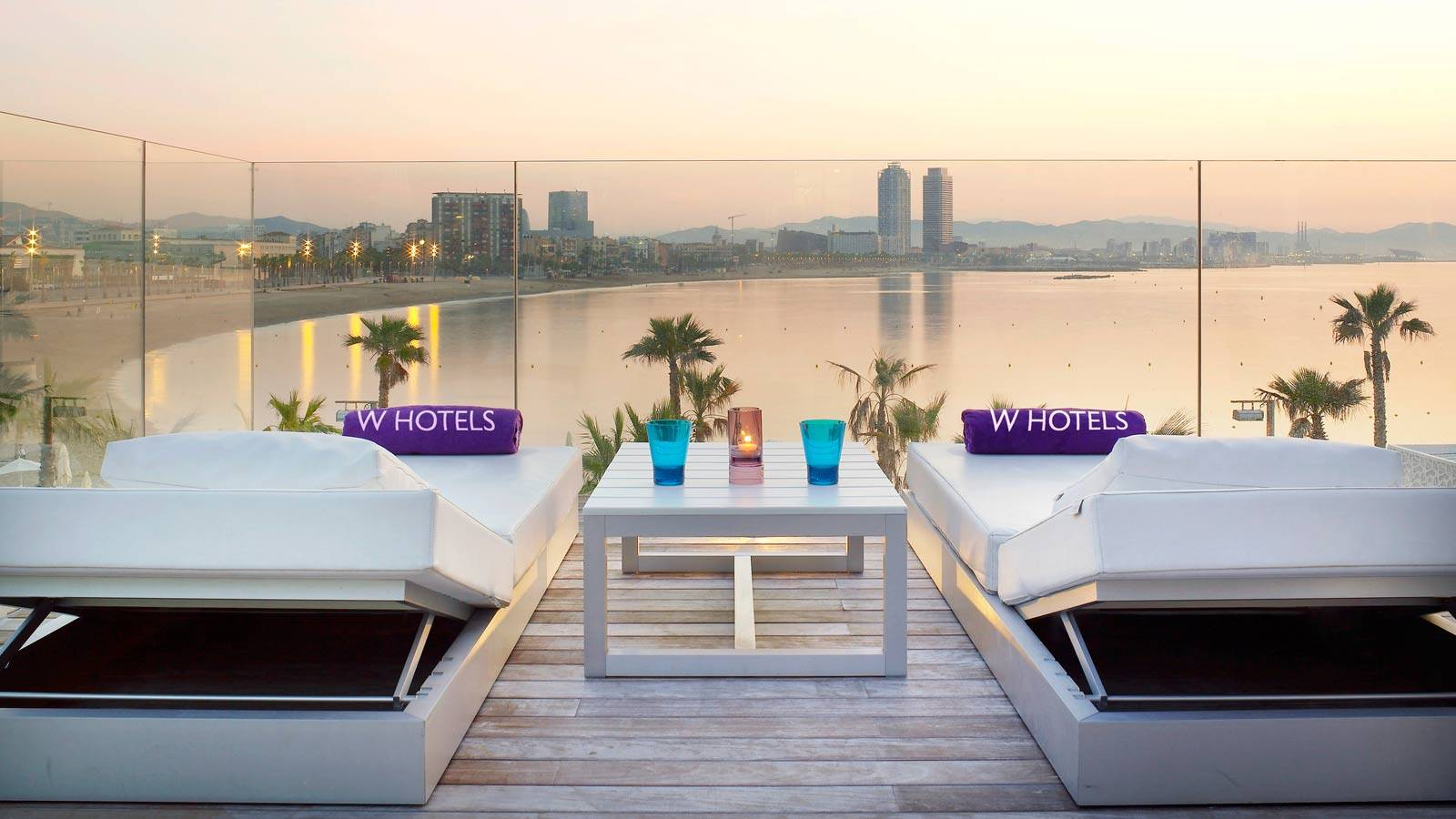 The Most Glamorous Private Terrace In Barcelona: Extreme-WOW Cabana