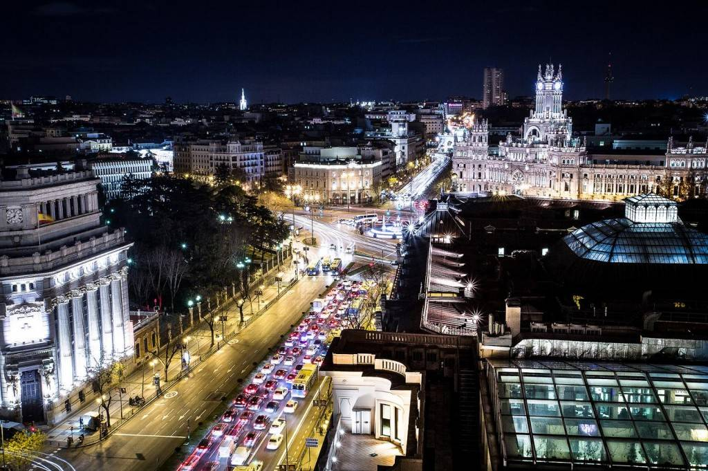As the capital city of Spain, Madrid is a hub for business and a highly sought after venue for investment opportunities. Photo credits.